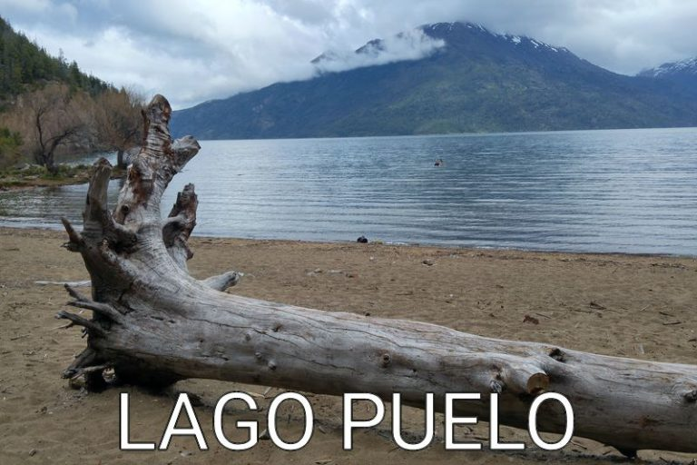 Argentina: A beach for ourself (Lago Puelo National Park)